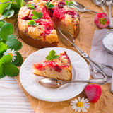Strawberry buttermilk cake with pistachios Royalty Free Stock Images