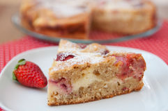 Free Strawberry Cake Royalty Free Stock Photography - 40335517