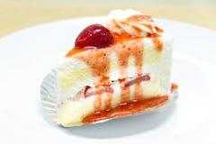 Free Strawberry Cake Royalty Free Stock Photography - 44456887