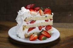 Free Strawberry Cake Stock Images - 60177694