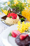 Strawberry cake with chocolate Royalty Free Stock Photography