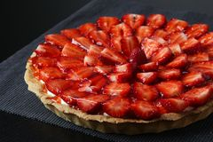Free Strawberry Cake Dessert Stock Photos - 39406093