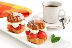 Strawberry cakes and cup of coffee Royalty Free Stock Photos