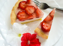 Strawberry cheesecake. Summer cheesecake with fresh strawberry Stock Photos