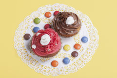strawberry and chocolate cupcakes Stock Photography
