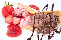 Strawberry- and Chocolate Ice Cream Isolated Royalty Free Stock Photography