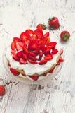 Strawberry and cream sponge cake Royalty Free Stock Photos