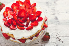 Strawberry and cream sponge cake Royalty Free Stock Images