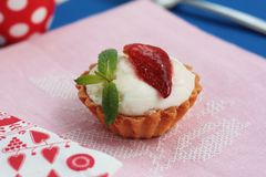 Strawberry and cream tart Royalty Free Stock Photos
