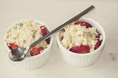 Strawberry crumble dessert Royalty Free Stock Photography