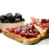 Strawberry jam on toast Royalty Free Stock Photos