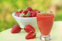 Strawberry juice - healthy smoothie Stock Photography