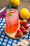 Strawberry juice and lemon soda juice mixed with soda. Add flavo. R Improve the health of the body can do at home. Juice on empty days Or party Stock Photography