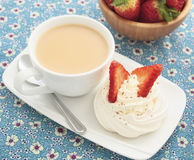 Strawberry meringue nest Royalty Free Stock Photography