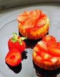 Strawberry mini cheesecakes tarts Royalty Free Stock Photography