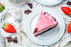 Strawberry mousse brownie cake Royalty Free Stock Photos