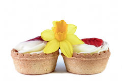 Strawberry pastry and narcissus Stock Photography
