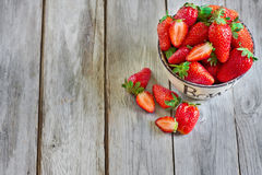 Strawberry. Ripe strawberry in a bowl. Copyspace background Royalty Free Stock Photos