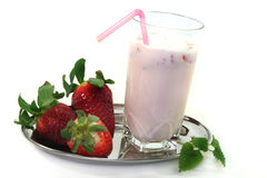 Strawberry shake with lemon balm Royalty Free Stock Photos