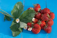 Strawberry. On the table bouquet Royalty Free Stock Photography