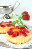 Strawberry tarts with mint Royalty Free Stock Photos