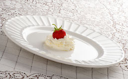 Strawberry and Whipped Cream Royalty Free Stock Photos