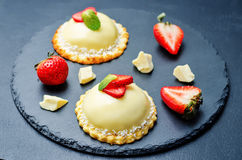 Strawberry white chocolate cream cheese mousse cake Stock Images