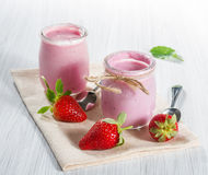 Strawberry yogurt Royalty Free Stock Photos