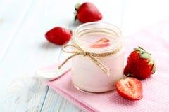 Strawberry yogurt Royalty Free Stock Images