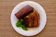 Streaky βρασμένη χοιρινό κρέας σάλτσα σόγιας χοιρινού κρέατος Tong ήχων καμπάνας Στοκ Φωτογραφία