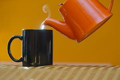 Streamin hot tea cup stock photography