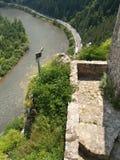 从Strecno城堡的外型  免版税库存图片