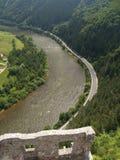 从Strecno城堡的鸟瞰图  免版税图库摄影