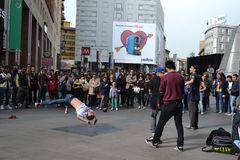Street acrobats of the �Natural Force Crew� are exhibiting in the center of Milan Royalty Free Stock Photo
