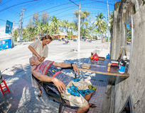 Street barber in vietnam 2 Royalty Free Stock Photography