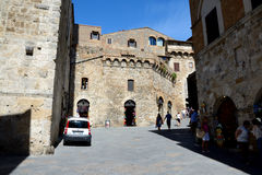 Street and buildings in San Gimignano city in Tuscany, Italy. Royalty Free Stock Photos