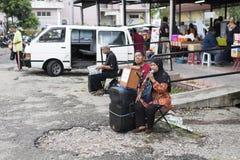 Street entertainer/performer sing for a donation. Kelana Jaya,Petaling Jaya,Selangor,Malaysia-11th November 2017 ; street entertainer/performer sing for a Stock Photos