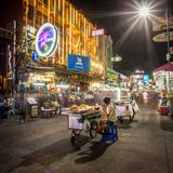 Street food vendor and tourist shops on Khao San Road Stock Image
