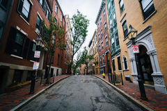 Street and historic buildings in Beacon Hill, Boston, Massachuse Stock Photo