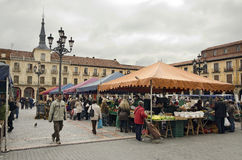 Street Market. Leon. LEON, SPAIN - JANUARY 30, 2013: Popular market of fruits and vegetables in the main square, on January 30, 2013 in Leon, Spain Royalty Free Stock Photography