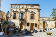 Free Street Of The Old Town Of Cefalu In Sicily, Italy Stock Photography - 111586382