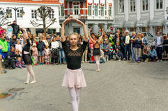 Street performance at Dance Day in Norway Royalty Free Stock Images