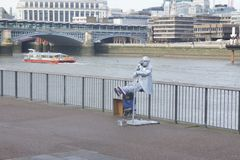 Street performance. In thames river in london Stock Photography