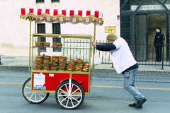 Street sales of traditional Turkish bagels Simit, Royalty Free Stock Photos