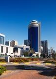 Street-scape van Abu Dhabi ontwikkelt zich in twintig Royalty-vrije Stock Afbeeldingen