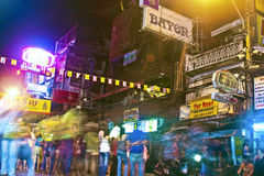 Street Scene in the Khao San Road in Bangkok at night Stock Photography