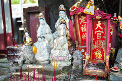 Street shrine for Guanyin in Hong Kong Stock Photo