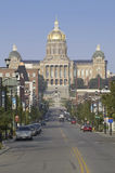 Street to golden dome of Iowa State Capital building Royalty Free Stock Photos