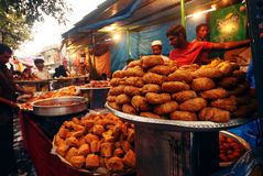 Street vendor selling selling Ramzaan food Stock Images
