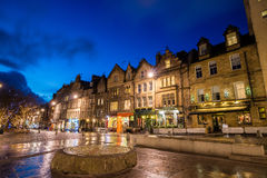 Street view of the historic old town, Edinburgh Stock Images